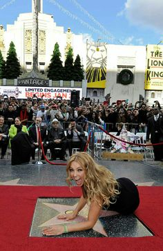 Tommy Mottola, Hollywood Life, Hollywood Walk Of Fame, Thalia Sodi Collection, Famous Mexican, Lighter Hair, Western Girl, Brown Hair Colors, Singer