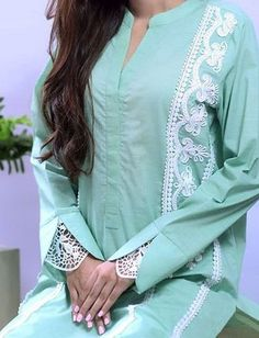 Kurti Sleeves Design, Sleeves Designs For Dresses, Kurta Neck Design, Dress Neck Designs, Neckline Designs, Simple Kurta Designs, Kurta Designs Women, Fancy Kurti, Pakistani Fashion Casual