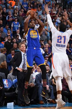 Kevin Durant of the Golden State Warriors shoots the ball against the Oklahoma City Thunder on February 11 2017 at Chesapeake Energy Arena in...