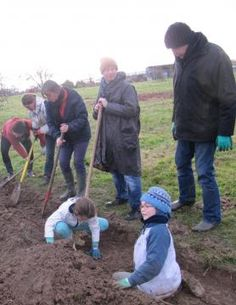 https://www.ouest-france.fr/normandie/fleury-sur-orne-14123/des-habitants-creent-un-jardin-en-permaculture-5456000