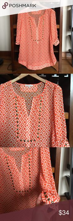 41 Hawthorn top from Stitch Fix 41 Hawthorn top from Stitch Fix. 41 Hawthorn Tops Tunics Maybe a little too sheer and not as thrilled if it's orange but like the design & tunic length Stitch Fit, Stitch Fix Outfits, Line Shopping, Stitch Fix Stylist, Knit Shirt, Work Wardrobe, Trendy Tops, Cute Shirts, Just In Case