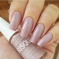 ) esmaltes perfect nails, nude nails e classy nails. Sns Nails Colors, Nail Polish Colors, Classy Nails, Trendy Nails, Beautiful Nail Art, Gorgeous Nails, Nude Nails, Gel Nails, Nina Suess