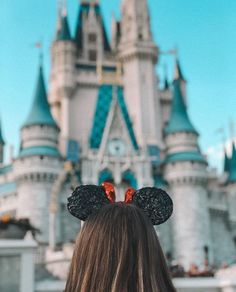 I am from Oviedo, Florida which is right outside Orlando so Disney was a big part of my childhood Cute Disney Pictures, Disney World Pictures, Disney World Fotos, Walt Disney World, Disney Disney, Disney Magic Kingdom, Magic Kingdom Orlando, Disney Vacations, Disney Trips
