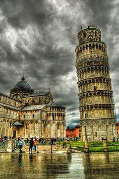 Leaning tower of Pisa, in Tuscany Italia! Places Around The World, The Places Youll Go, Travel Around The World, Places To See, World Famous Places, Dream Vacations, Vacation Spots, Italy Vacation, Italy Honeymoon