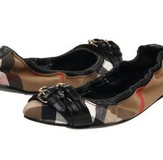 Burberry Flats....need these