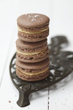 salted chocolate peanutbutter macarons (Peanut Butter Cookies)