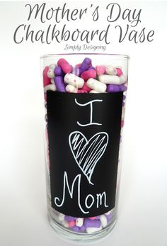 Mothers-Day-Chalkboard-Vase 01 I Heart Nap Time | I Heart Nap Time - How to Crafts, Tutorials, DIY, Homemaker