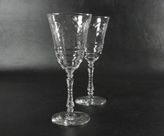 Rock Sharpe Crystal Tall Champagne Coupe Glasses 4 PC Set Stem 3005 Libbey Cut for sale online Champagne Coupe Glasses, Wine, Normandy, Rock, Crystals, Tableware, Ebay, Floral, Normandie