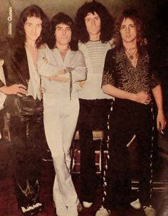 Left to right John Deacon Freddie Mercury Brian May and Roger Taylor Queen Photos, Queen Pictures, Queen Freddie Mercury, Brian May, John Deacon, I Am A Queen, Save The Queen, Part Time Model, Roger Taylor Queen