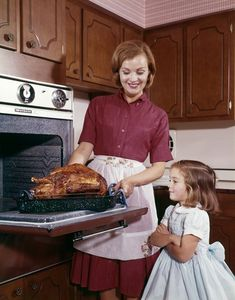 Vintage Thanksgiving, Thanksgiving Turkey, Cooking Turkey, Kitchen Photos, Vintage Photography, 1960s, Daughter, Stock Photos, Kitchen Pictures