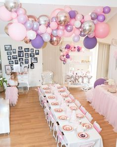 Alexandra Moala on Balloons, balloons, balloons.and my little Soph in her arabellaandrose pink tutu! I can t seem to bring myself to remove the balloon Princess Balloons, Pink Balloons, Unicorn Baby Shower, Unicorn Party, Birthday Party Decorations, Birthday Parties, Lavender Baby Showers, Little Girl Birthday, Balloon Garland