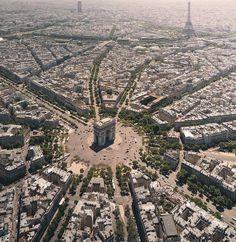 Place Charles de Gaulle a Paris