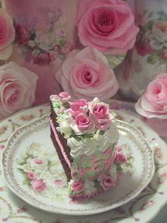 (Fancie)  Fake Food Slice of Cake Shabby Pink Roses Victorian