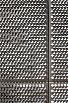 Image 7 of 14 from gallery of SAIT Parkade / Bing Thom Architects. Photograph by Nic Lehoux (Courtesy of Bing Thom Architects) Building Skin, Building Facade, Facade Design, Wall Design, Pattern Texture, Beton Design, Metal Screen, Perforated Metal, Facade Architecture