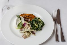 Theo Randall at the InterContinental is a fine dining Italian Restaurant in Mayfair, in the centre of London, offering fresh signature dishes prepared by Chef Theo Randall Theo Randall, Fine Dining, Italian Recipes, Risotto, Spaghetti, Restaurant, Fresh, Dishes, Chicken