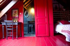 Casinha colorida: Uma hospedagem encantadora na Bretanha, França