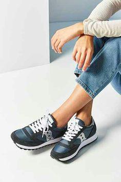 7c673df7f40 78 najlepších obrázkov z nástenky topánky naj
