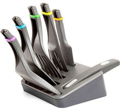 8 Cool & Smart Kitchen Tools Quirky Click n Cook ~ One handle, 5 spatula heads… Kitchen Supplies, Kitchen Tools, Kitchen Dining, Kitchen Stuff, Kitchen Gifts, Best Kitchen Gadgets, Kitchen Ideas, Kitchen Things, Kitchen Inspiration