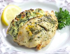 Keto Spanakopita Stuffed Chicken is a savory, delightfully cheesy, low carb, gluten-free version of Spanakopita without the phyllo dough and all the carbs. Mushroom Chicken, Cheesy Chicken, Baked Chicken, Healthy Creamed Spinach, Spinach Recipes, Greek Recipes, New Recipes, Dinner Recipes, Keto