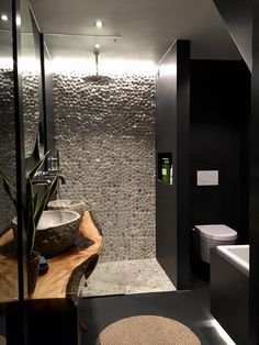 How to Finish Your Basement and Basement Remodeling – House Remodel HQ Wooden Bathroom, Modern Bathroom Decor, Bathroom Interior Design, Interior Design Living Room, Bathroom Design Inspiration, Bad Inspiration, Bathroom Goals, Fireplace Design, House Rooms