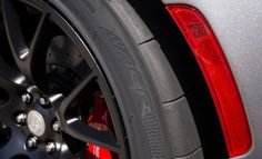 The Latest  2016 Dodge Viper ACR Car Tyre Pictures