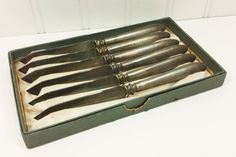 1847 Rogers Bros Silver Plate Knife Set in Box by naturegirl22