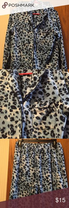 """Charter Club Fleece Pajamas Blue and white leopard print. Very good condition. Soft light-medium weight fleece. Button down top with pocket. 19"""" from armpit to armpit. 14.5"""" long from armpit. Bottoms have elastic waist with drawstring. Wide legs. Waist 29"""". Inseam 28"""". 100% polyester. Not from a smoke-free house. Charter Club Intimates & Sleepwear Pajamas"""