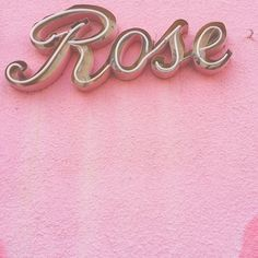 """Rose"" neon sign on pink wall. Awesome thing is I'm going to name my first daughter Rose, after Rose Tyler. So this would be good to hang in her room. Pink Love, Pretty In Pink, Drink Pink, Tout Rose, Rose Bonbon, Rose Pastel, Girly, Photocollage, Rose Tyler"