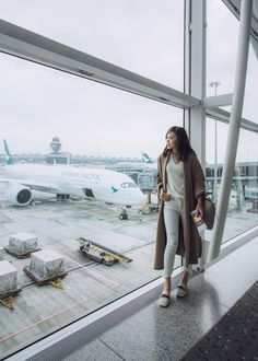 Aviation et Pinup ! - Page : 246 - Salon de discussion - FORUM Les clubs Airport Travel Outfits, Travel Ootd, Winter Travel Outfit, Hongkong Outfit Travel, Comfy Airport Outfit, Travel Fashion, Airport Look, Airport Style, Airport Photos