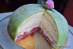 Tortul Printeselor Prinsesstarta (28)1 Honeydew, Avocado, Sweets, Gem, Romanian Recipes, Sweet Pastries, Gummi Candy, Honeydew Melon, Candy Notes