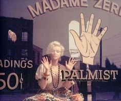 palm reader marilyn