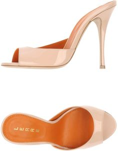 LERRE Mules   ----   LERRE Mules. leather, no appliqués, solid color, round toeline, leather sole, stiletto heel, covered heel. Soft Leather
