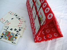 Porte jeu de cartes pour enfant
