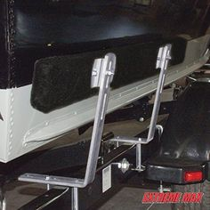 Extreme Max 3005.2199 4-Feet Bunk Trailer Guide-On, Pair  Extreme Max 3005.2199 4-Feet Bunk Trailer Guide-On, Pair Long days on the water shouldn't be followed by an ordeal when it's time to load your boat. Trailer guide-ons do more than help you get your boat on your trailer: they prevent a multitude of loading problems.  Guide-ons keep you from loading too deep, keep your trailer position true, and are especially helpful at night.  They'll help you load faster and safer, especially..