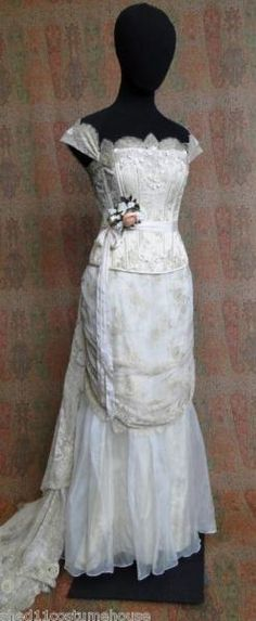 I found 'Legend of the Seeker Wedding Dress' on Wish, check it out! Kahlan's Wedding Dress!!!