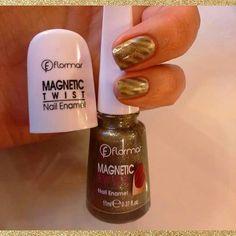 Agrega un diseño interesante a tus uñas de manera fácil...con los nuevos esmaltes magnéticos de Flormar <3 Magnets, Enamel, Nails, Enamels, Finger Nails, Vitreous Enamel, Ongles, Nail, Tooth Enamel