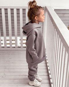 Cute Little Girls Outfits, Cute Little Baby, Toddler Girl Outfits, Stylish Toddler Girl, Toddler Girls, Kids Boys, Baby Girl Fashion, Toddler Fashion, Little Kid Fashion