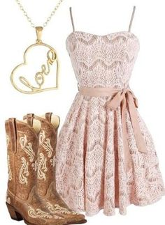 I just love this outfit! the boots are so beautiful and the dress makes a cute summer look Country Girl Outfits, Country Style Wedding Dresses, Country Girl Style, Country Fashion, My Style, Country Casual, Fake Country Girls, Country Style Clothes, Simple Style