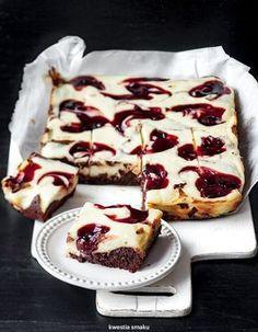 Sernikobrownie z wiśniami w syropie Original Cake Recipe, Baking Recipes, Cake Recipes, Cake & Co, Cheesecake Brownies, Polish Recipes, How Sweet Eats, Something Sweet, Tray Bakes