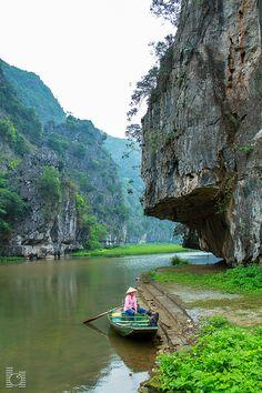 Tam Coc, Ninh Binh, Vietnam byVu Long