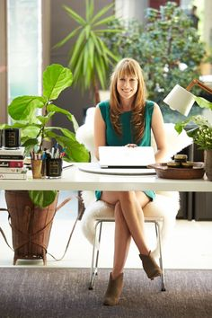 Almira Armstrong of Lumira Luxury Home Fragrances #theeverygirl