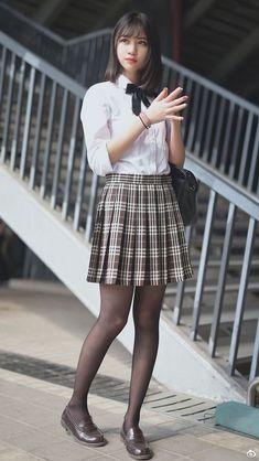 Japanese schoolgirl waiting for train homeSuch a perfect school girl uniform School Girl Japan, School Girl Outfit, Japan Girl, Cute School Uniforms, School Uniform Girls, Girls Uniforms, Cute Asian Girls, Cute Girls, School Fashion