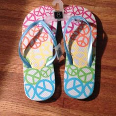 NWT Size 8 Flip Flops Size 8 Shoes