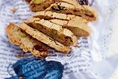 Das Rezept für Lebkuchen-Cantuccini mit Cranberrys und weitere kostenlose Rezepte auf LECKER.de