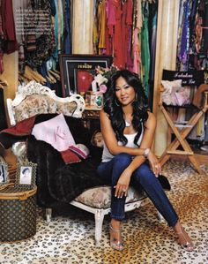 Kimora Lee Simmons Famous as: Baby Phat clothing line head Closet Size: square foot Location: Saddle River, N. Special Collections: 500 pairs of jeans, 35 custom-made Hermes Birkin bags and an extensive collection of jewelry. Kimora Lee Simmons, Louis Vuitton Luggage, Best Fashion Designers, Celebrity Closets, Celebrity Style, Prom Queens, Walk In Wardrobe, Cool Style, My Style
