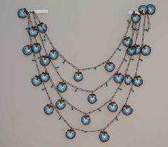 Gorgeous Turkish oya garland.    This is so beautiful, it doesn't even look real to me.
