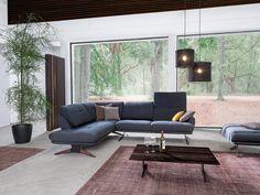 Sitzgruppe Dubai erfüllt mit extravaganter Optik wie den filigranen Füßen und durchdachten Funktionen höchste Ansprüche im Living-Bereich. #sofa #ecksofa #livingroom #wohnzimmer #wohnideen Sectional, Decor, Couch, Furniture, Sectional Couch, Home Decor