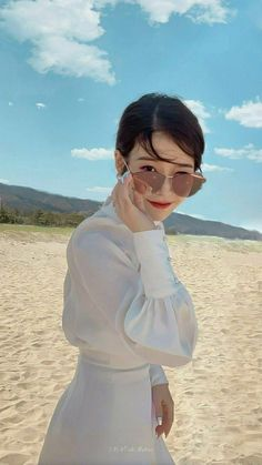 (notitle) The post appeared first on Hair Styles. Korean Actresses, Korean Actors, Actors & Actresses, Korean Idols, Luna Fashion, Korean Blouse, Pretty Korean Girls, Sulli, Poses