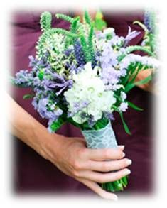 Early spring bouquet for bridesmaids. Lavender, White and Green. Inspiring Cinque Terre Wedding www.cinqueterrewedding.com