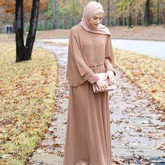 Discover thousands of images about Hijab look, formal, hari raya Abaya Mode, Mode Hijab, Hijab Style Dress, Hijab Outfit, Moslem Fashion, Hijab Stile, Hijab Fashionista, Hijab Casual, Hijab Fashion Inspiration